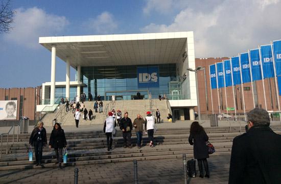 Световно дентално изложение Кьолн 2015